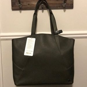 NWT Lululemon All Day Tote - Forest